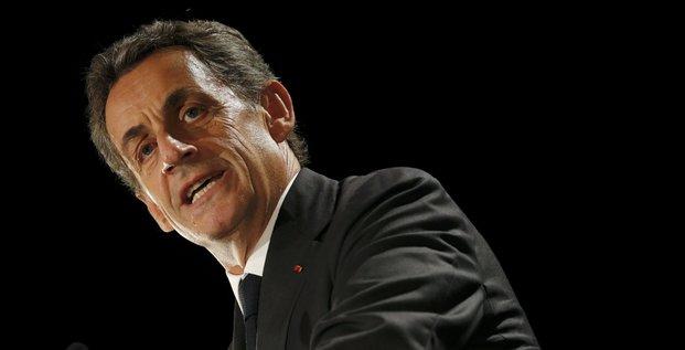 Sarkozy sur d'une candidature de hollande a la presidentielle