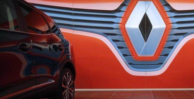 Renault propose 3.000 recrutements entre 2017 et 2019