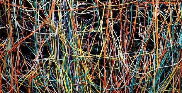 câble serveurs informatique piratage