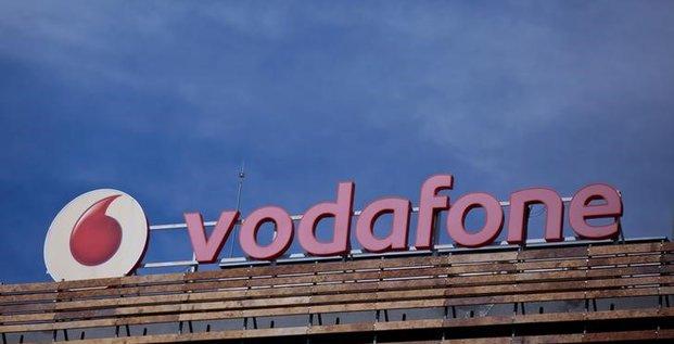 Vodafone fait etat d'un benefice brut au premier semestre en hausse de 4,3%