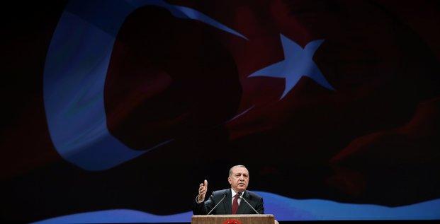 Erdogan met en garde les europeens sur l'adhesion turque