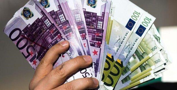 Demantele un resau international de blanchiment d'argent