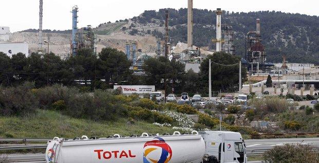 Total va cesser de raffiner du petrole brut a la mede
