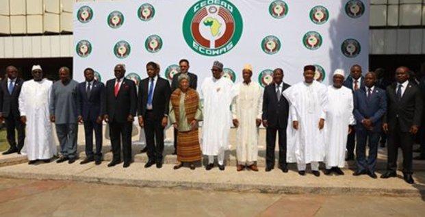 Les Chefs d'Etat de la CEDEAO réunis à Abuja