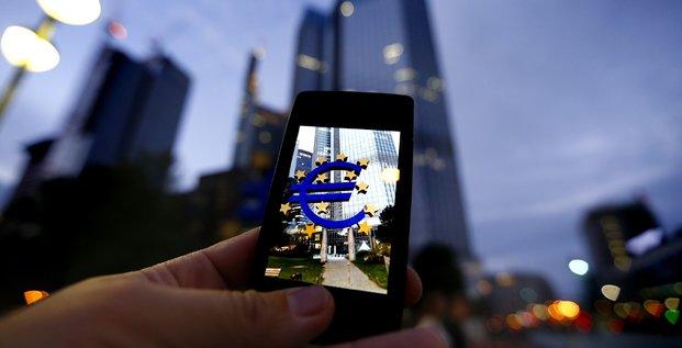 Euro mobile smartphone
