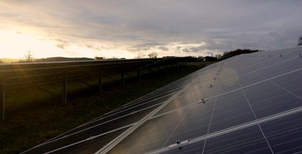 La centrale photovoltaïque de Daumazan (09), développée par Arkolia Energies