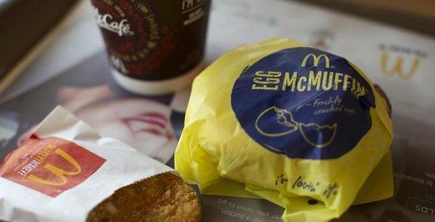 Les ventes de mcdonald's baissent moins que prevu