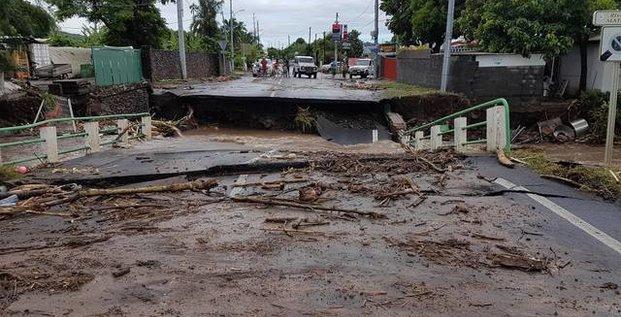 Tahiti, Polynésie françaises, îles, intempéries, inondations, calamité naturelle, catastrophe,