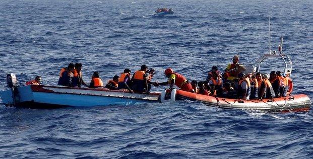 L'italie et l'ue vont financer les camps de migrants libyens