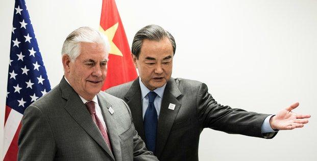 Le secrétaire d'Etat américain Rex Tillerson et le ministre chinois des Affaires étrangères Wang Yi le 17 février au G20 de Bonn en Allemagne