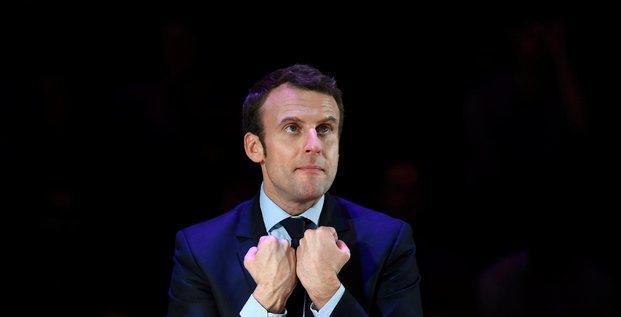 Macron a accepte l'offre de bayrou