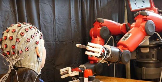 MIT travaille sur télépathie homme-robot