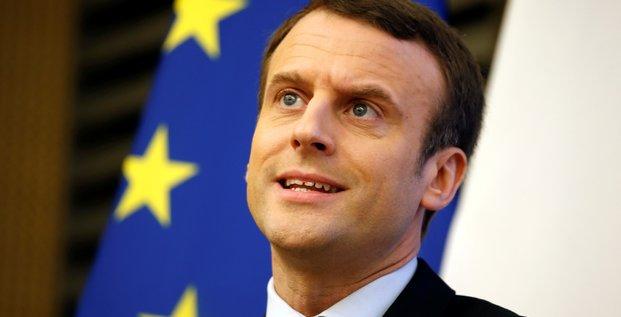 Macron engrange, fillon resiste et le pen tient