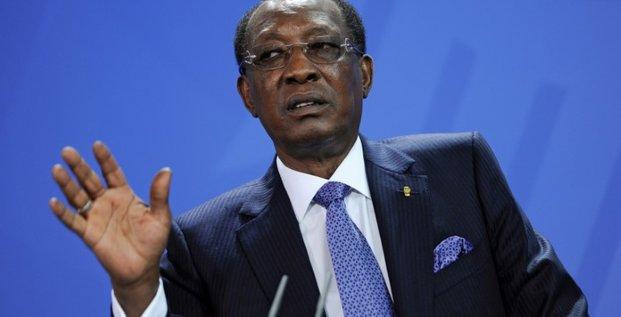 Le pen va rencontrer le president deby au tchad