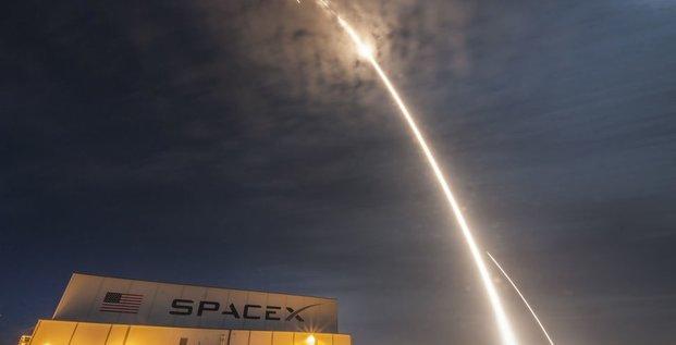 SpaceX SES-10 lanceur réutilisation Falcon 9