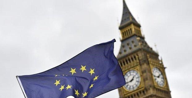 L'ue ouverte a un accord commercial avec la grande-bretagne avant le brexit