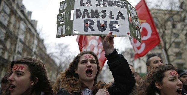 Des jeunes encore dans la rue jeudi contre la loi travail