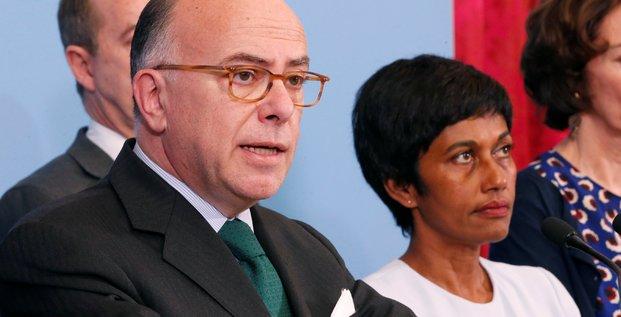 Cazeneuve salue l'accord de sortie de crise en guyane