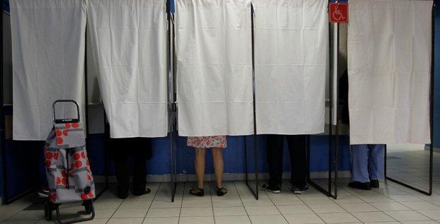 Les electeurs appeles aux urnes