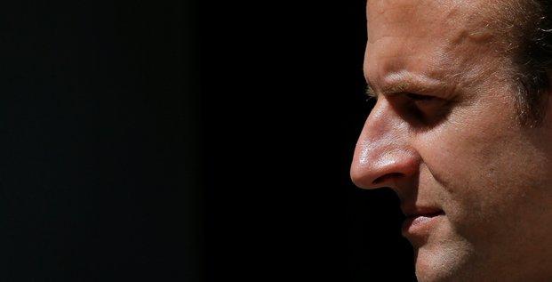 Macron va reunir a paris les deux rivaux libyens