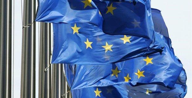 L'union europeenne condamne le recours a la force au venezuela
