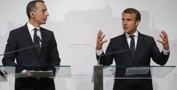 Macron debute en autriche une tournee axee sur le travail detache