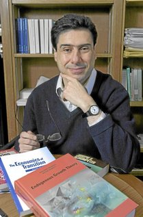 Philippe Aghion is a newly-appointed professor in the Economics department. His fields  include economic growth and industrial organization.<br />3/12/01<br />photo by Jon Chase