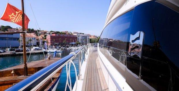 Le bateau Ferretti du groupe