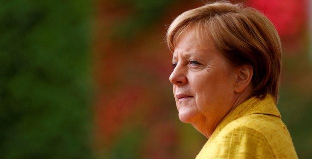 Merkel salue le discours de macron, veut discuter des details