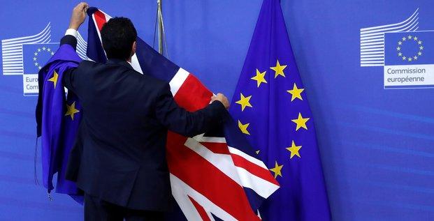 Brexit, Royaume-Uni, Union européenne, Commission, Bruxelles, Parlement, drapeau,