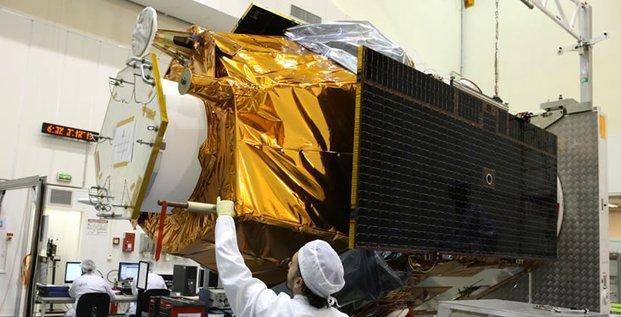 Pléiades 1B s'apprête à être embarqué jusqu'à Kourou (Guyane française) pour un lancement prévu le 1er décembre 2012
