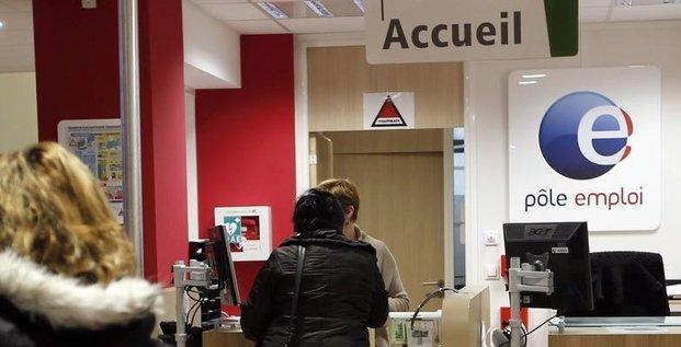 Hollande souhaite la reprise des negociations sur l'assurance chomage