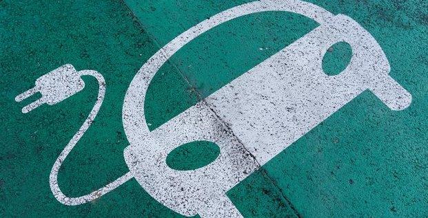 Automobile: alliance dans un reseau de recharge europeen