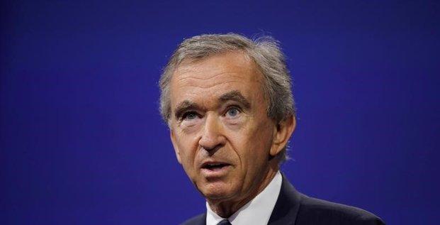 Bernard arnault (lvmh) dit respecter ses obligations fiscales