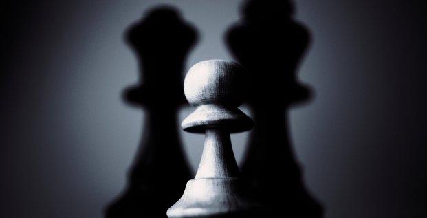Pion, échecs, jeu, harcèlement, hiérarchie