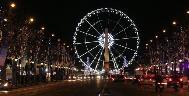 Illuminations de Noël : quelle politique pour les villes ?