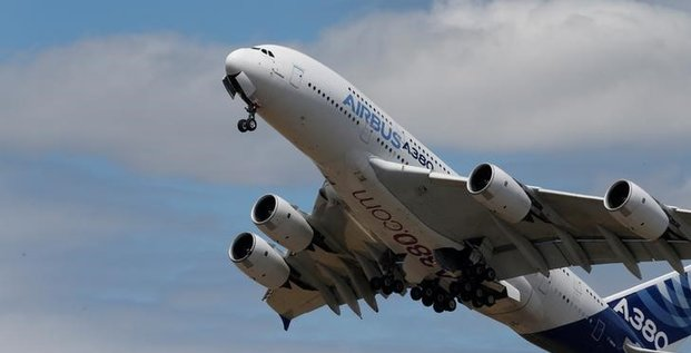 Airbus pret a arreter l'a380 si emirates n'en achete pas