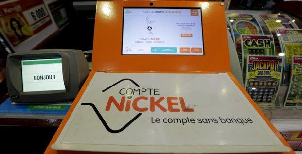 Compte-nickel lance une nouvelle carte et confirme ses objectifs
