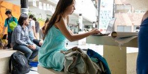 Des étudiants à l'université. University Life 211, par Francisco Osorio. Via Flickr CC License by.