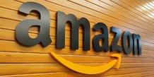 Amazon bat le consensus avec un profit record, le titre grimpe