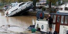 Le bilan des inondations dans l'aude s'alourdit a 14 morts