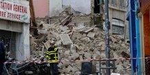 Un immeuble de 5 etages s'effondre a marseille, deux blesses