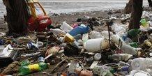 Total rejoint une alliance pour eliminer les dechets plastiques