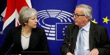 Brexit: le retrait doit avoir lieu avant le 23 mai, dit juncker