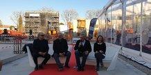L'architecte J.L. Mateo, K. Khenissi (ESMA), P. Saurel (M3M) et une interprête lors de la première pierre du Campus créatif