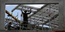 La construction de logements toujours orientee a la baisse
