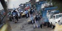 Douala Cameroun Circulation Trafic route motos afrique