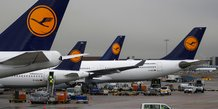 Lufthansa avertit sur son benefice, invoque la  concurrence tarifaire