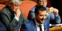 Italie: salvini veut remettre en cause le revenu de citoyennete