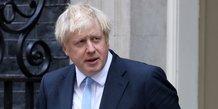 Boris johnson dement avoir menti a la reine